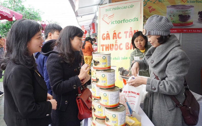 hoat dong cham lo tet cho nguoi lao dong ngay cang chuyen nghiep thuc chat