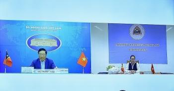 Phó Thủ tướng, Bộ trưởng Ngoại giao Phạm Bình Minh hội đàm với Bộ trưởng Ngoại giao và Hợp tác Timor-Lester