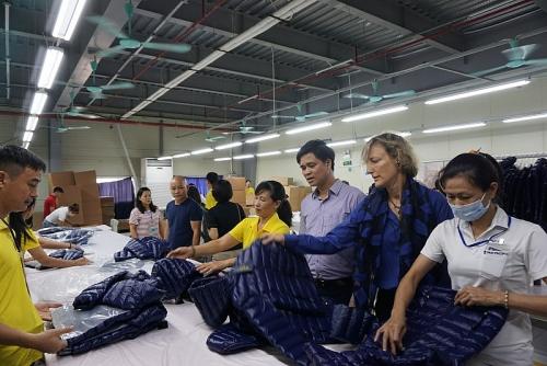 Thực thi EVFTA: Công đoàn và người lao động được lợi gì?
