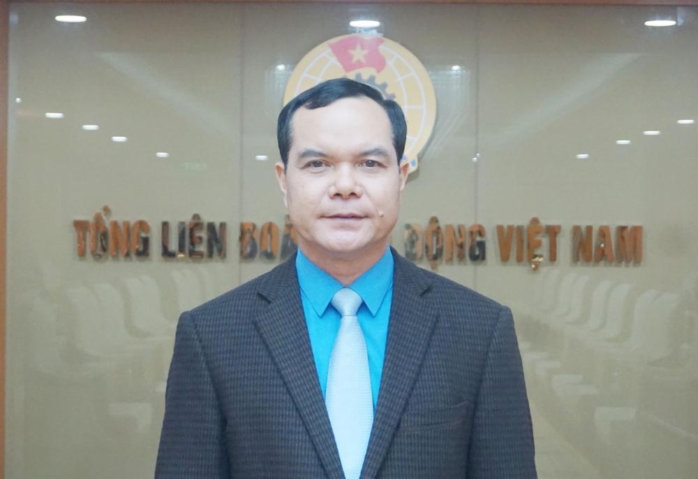 Chủ tịch Tổng Liên đoàn Nguyễn Đình Khang gửi Thư chúc mừng Năm mới tới đoàn viên, người lao động