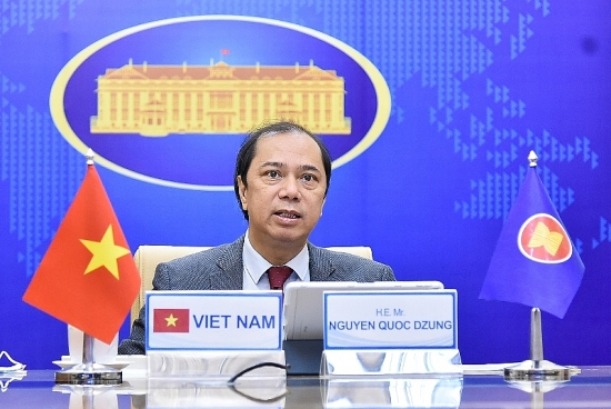 Các nước ASEAN quyết định sử dụng Quỹ ứng phó Covid-19 để mua vắc-xin hỗ trợ người dân