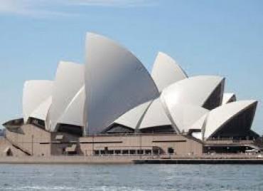 Australia sẽ tiếp nhận 400 công dân Việt Nam