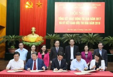 Mặt trận và các tổ chức chính trị-xã hội ký giao ước thi đua năm 2018