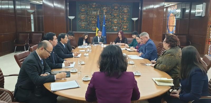 Rumani đánh giá cao đóng góp của cộng đồng người lao động Việt Nam