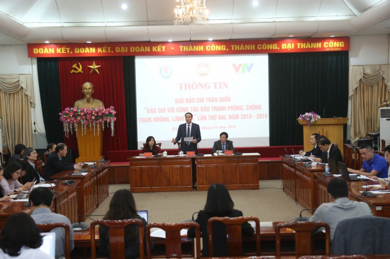 Hội Nhà báo Việt Nam luôn đồng hành với các nhà báo trong chống tiêu cực