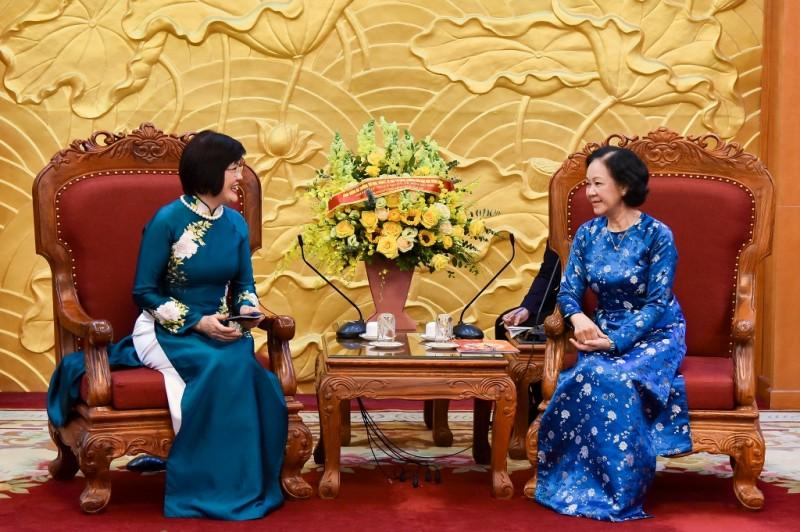 Mong Nhóm Phụ nữ Cộng đồng ASEAN tăng cường gắn kết ASEAN trong lòng bạn bè quốc tế