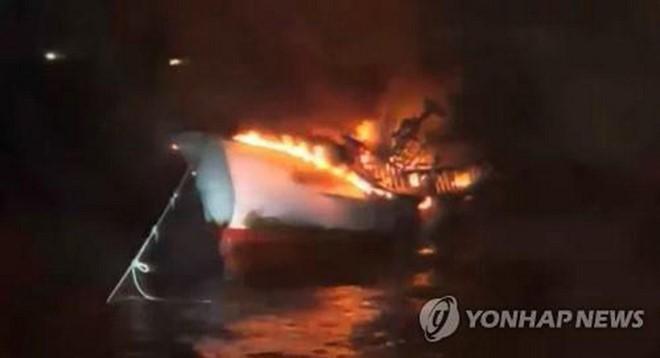 Cháy tàu cá, 5 thuyền viên Việt Nam mất tích tại Hàn Quốc
