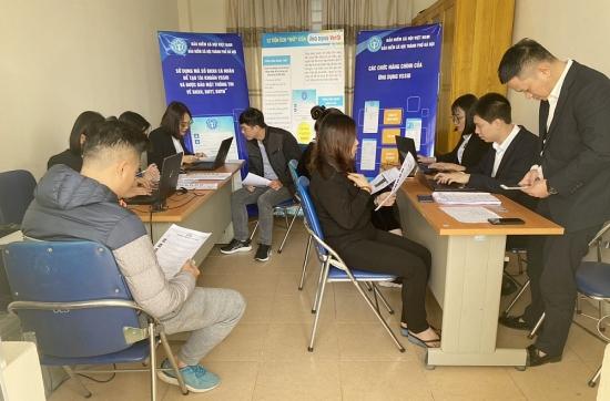 Bảo hiểm xã hội Hà Nội đồng loạt triển khai hỗ trợ người dân cài đặt ứng dụng VssID