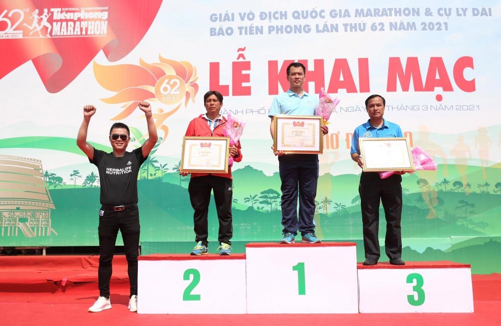 Gần 5.000 người tham gia Giải Vô địch quốc gia marathon và cự ly dài Tiền Phong Marathon