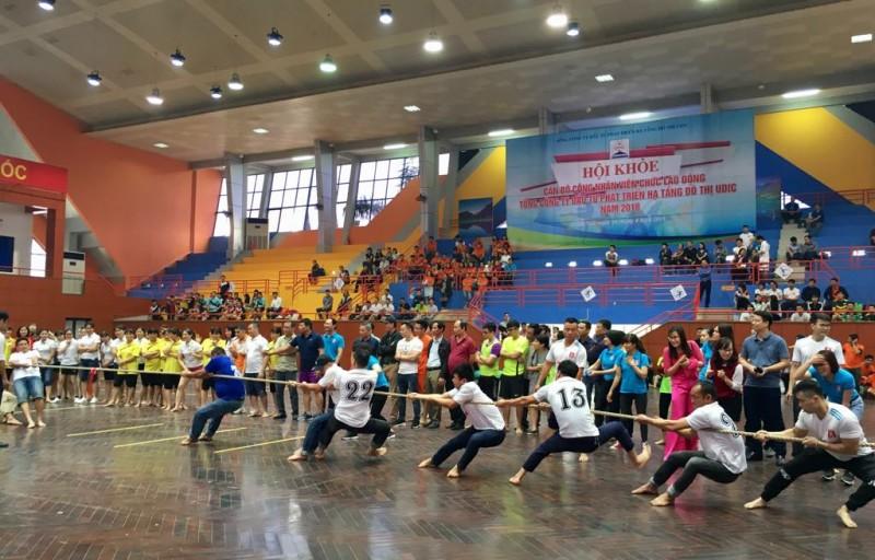 Tưng bừng Hội khỏe CNVCLĐ UDIC chào mừng Đại hội Công đoàn Thành phố