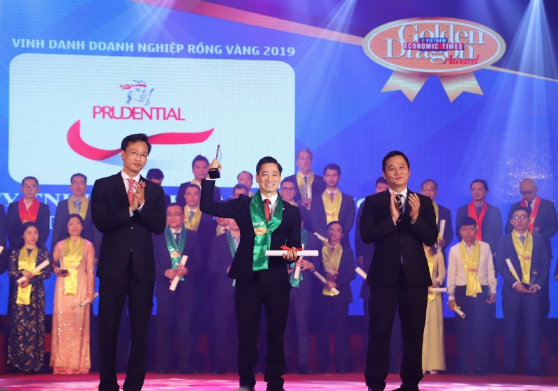 prudential cam ket luon luon lang nghe thau hieu hanh dong