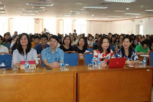 Quận Long Biên: Bồi dưỡng kỹ năng hoạt động cho cán bộ công đoàn cơ sở
