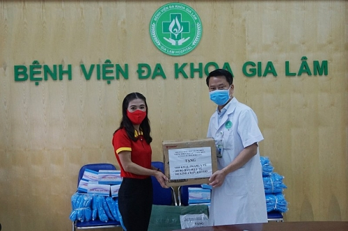 Quận Long Biên: Nhiều nghĩa cử đẹp tiếp tục chung tay đẩy lùi đại dịch Covid-19