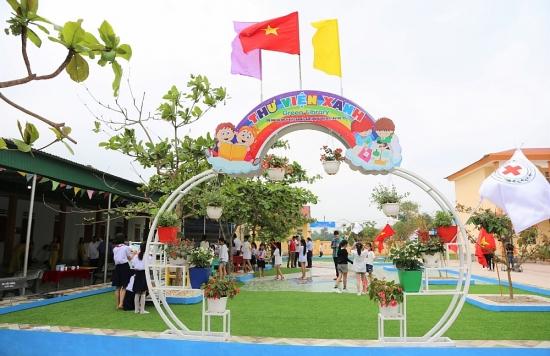 Bàn giao công trình sửa chữa các trường học bị ảnh hưởng bởi mưa lũ tại Nghệ An và Hà Tĩnh