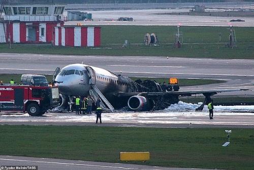 Lãnh đạo Việt Nam gửi điện thăm hỏi tới lãnh đạo Liên bang Nga vụ máy bay gặp nạn