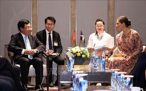 Phó Thủ tướng, Bộ trưởng Ngoại giao Phạm Bình Minh tiếp Công chúa kế vị Thụy Điển