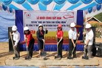 Prudential tài trợ kinh phí xây dựng 30 nhà an toàn cho người dân vùng lũ