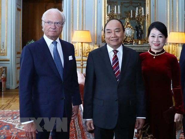Thủ tướng Nguyễn Xuân Phúc hội kiến Quốc vương Thụy Điển Carl XVI Gustav