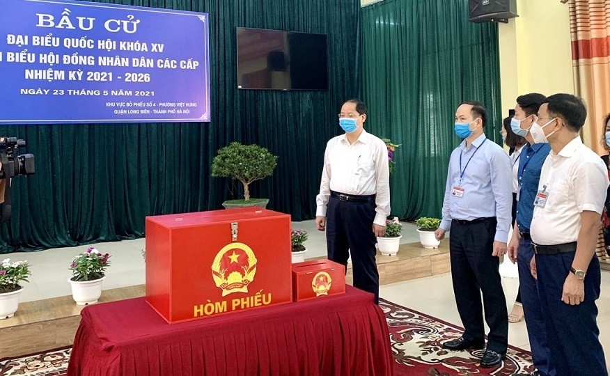 Quận Long Biên: Triển khai các giải pháp để đảm bảo 100% cử tri đi bầu cử