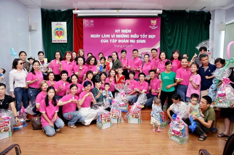 350 phần quà từ Nu Skin Việt Nam đã đến tay trẻ em có hoàn cảnh khó khăn