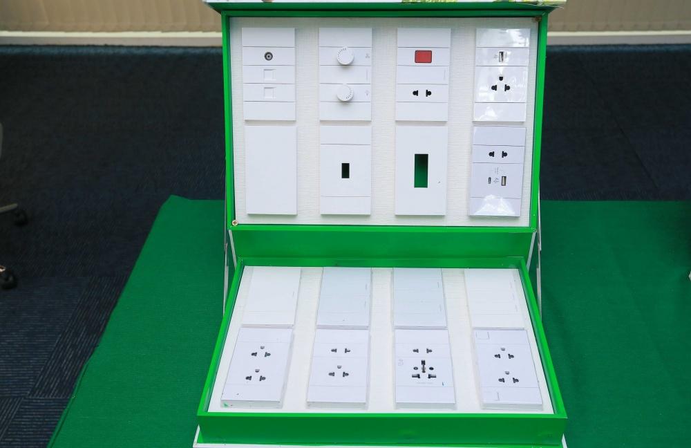 Schneider Electric ra mắt dòng sản phẩm công tắc ổ cắm AvatarOn A