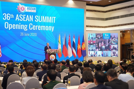 Các nhà lãnh đạo ASEAN quyết tâm vượt qua dịch bệnh, tiếp tục phát triển bền vững