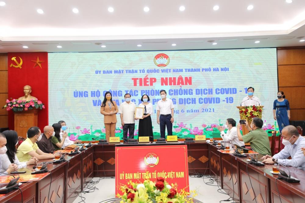 Hà Nội: Tiếp nhận hơn 20 tỷ đồng ủng hộ mua vắc xin và phòng, chống dịch Covid-19