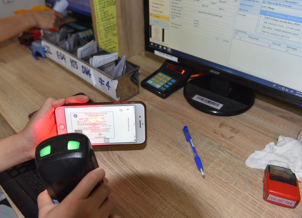 Sẽ đề xuất cho phép sử dụng căn cước công dân gắn chip để đăng ký khám chữa bệnh