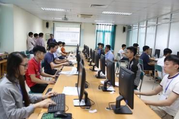 Nhu cầu tuyển dụng nhân sự trung, cấp cao tăng 38%