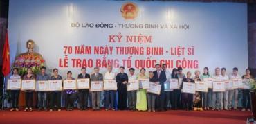 Thêm 498 gia đình liệt sĩ được nhận Bằng 'Tổ quốc ghi công'