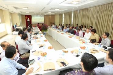 Tổng LĐLĐ Việt Nam hội đàm với đoàn Đại hội Công đoàn Singapore