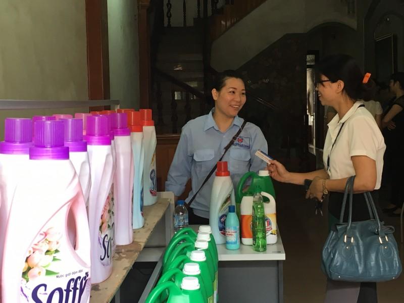 Quận Long Biên: 80% đơn vị đã ký kết thoả ước lao động tập thể