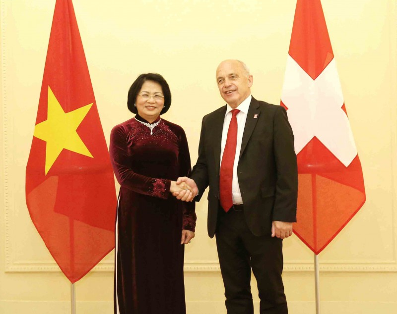 Phó Chủ tịch nước Đặng Thị Ngọc Thịnh hội kiến Tổng thống Thụy Sỹ