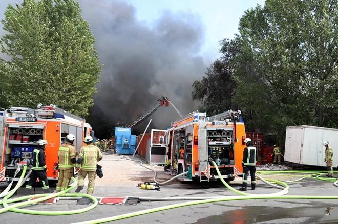 Cháy Trung tâm thương mại Đồng Xuân của người Việt ở Berlin, Đức