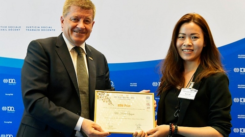 Nhà nghiên cứu trẻ Việt Nam giành giải thưởng nghiên cứu về việc làm thỏa đáng