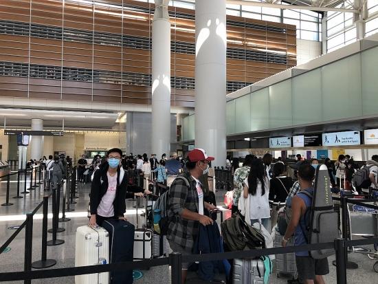 Tiếp tục thực hiện các chuyến bay đưa công dân Việt Nam về nước tránh dịch