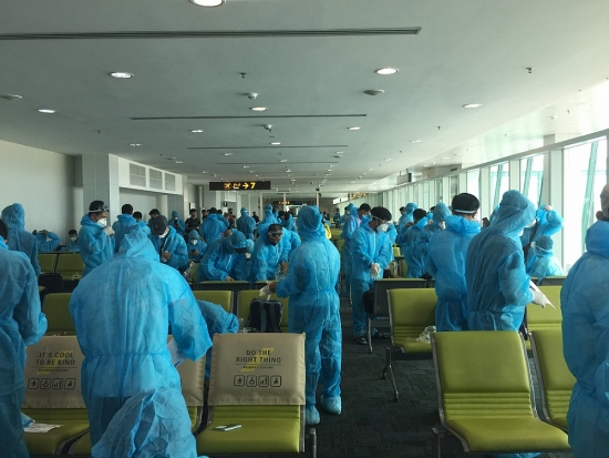 219 công dân Việt Nam từ Guinea Xích đạo đã về nước an toàn