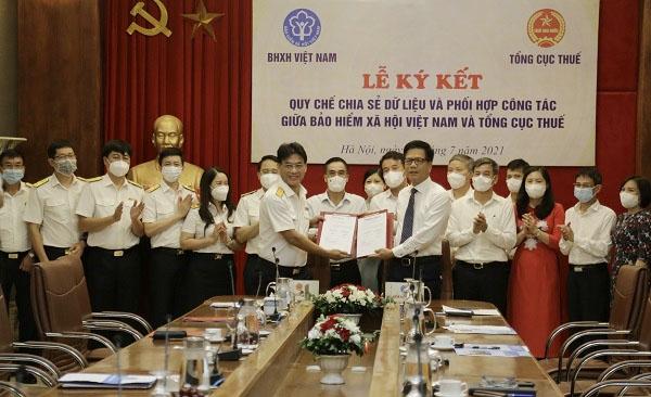 Bảo hiểm xã hội Việt Nam và Tổng cục Thuế ký Quy chế chia sẻ dữ liệu và phối hợp công tác