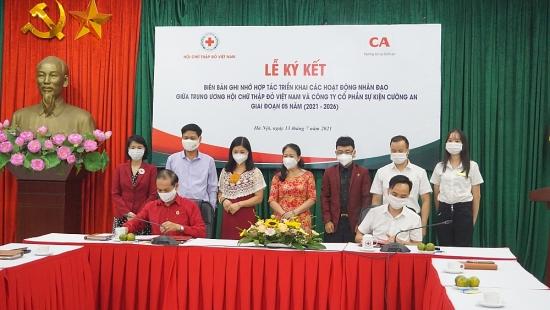 Hợp tác đẩy mạnh triển khai các hoạt động tình nguyện, trợ giúp nhân đạo