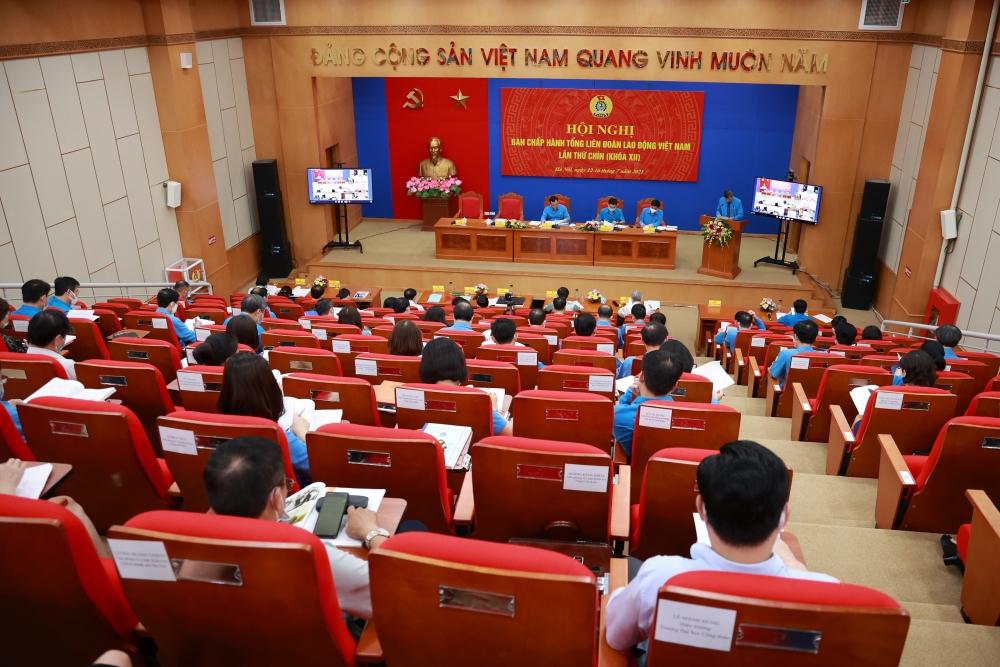 Khai mạc Hội nghị lần thứ chín, Ban Chấp hành Tổng Liên đoàn Lao động Việt Nam khóa XII