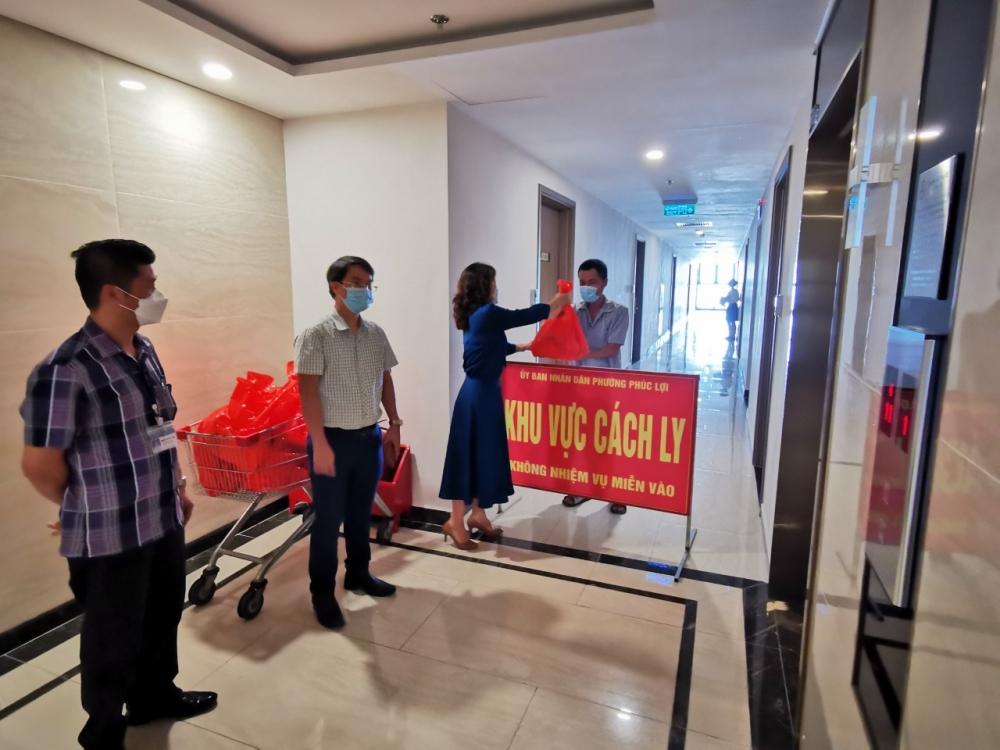 Liên đoàn Lao động quận Long Biên: Kịp thời chia sẻ với người lao động bị cách ly, phong tỏa
