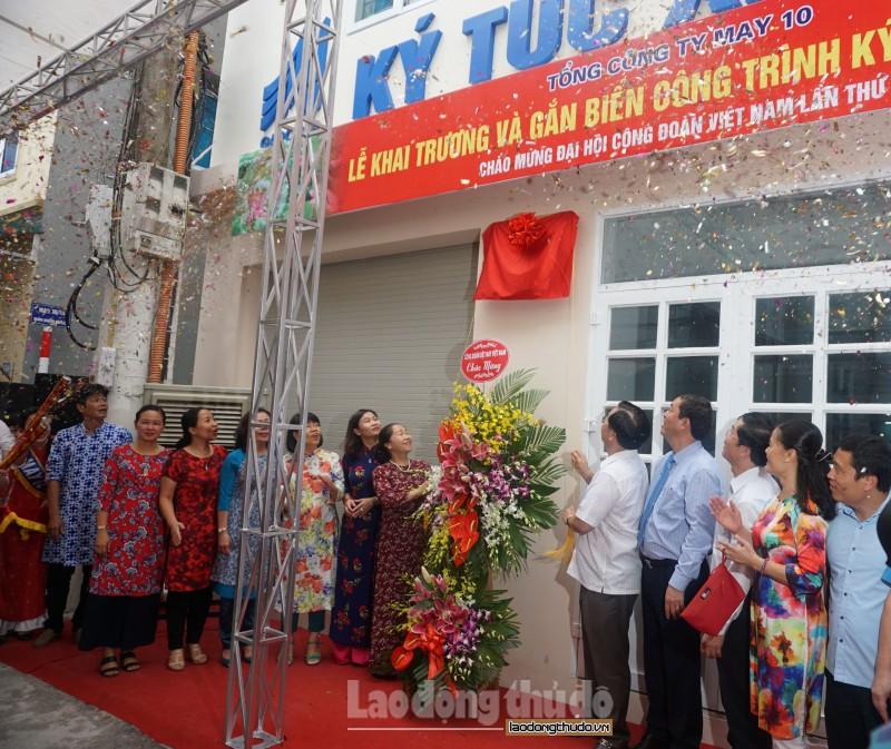 tong cong ty may 10 khanh thanh ky tuc xa cho cong nhan