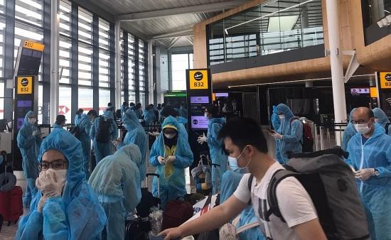 Việt Nam tiếp tục thực hiện các chuyến bay đón công dân về nước