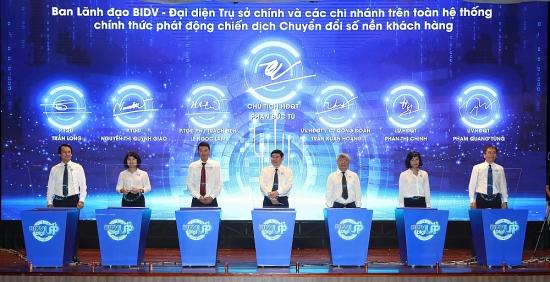 BIDV đẩy mạnh chuyển đổi số, hướng tới phục vụ khách hàng tốt hơn