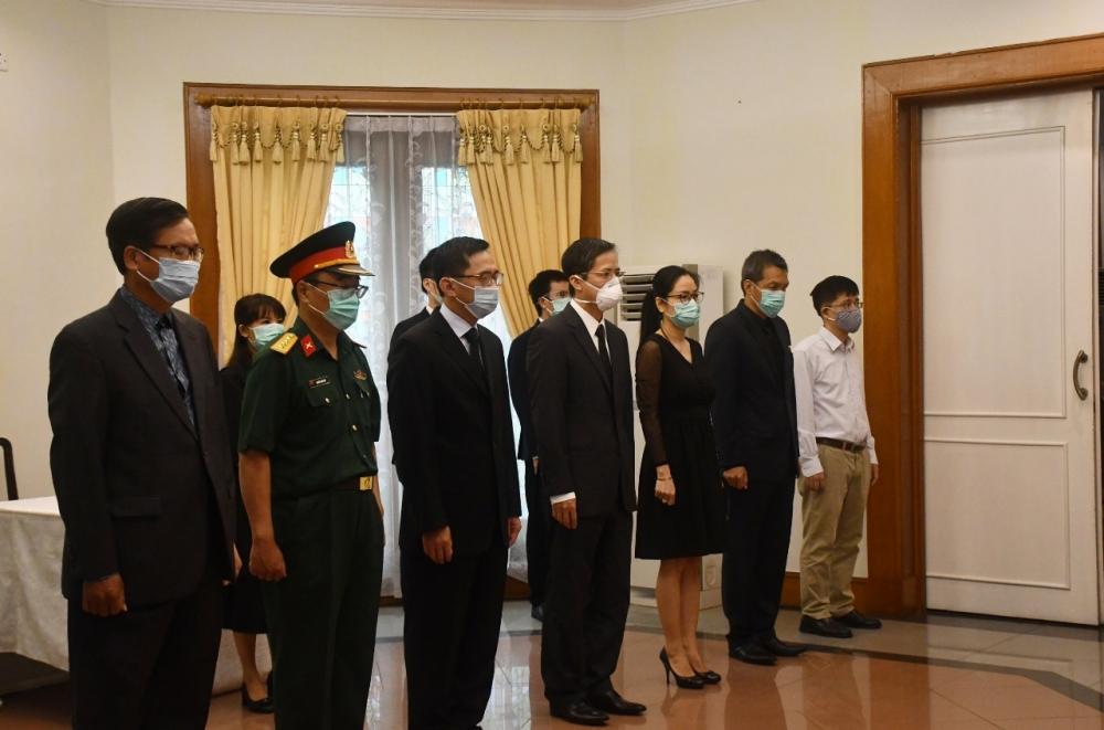 Tổ chức trọng thể Lễ viếng nguyên Tổng Bí thư Lê Khả Phiêu tại Indonesia và Côn Minh (Trung Quốc)