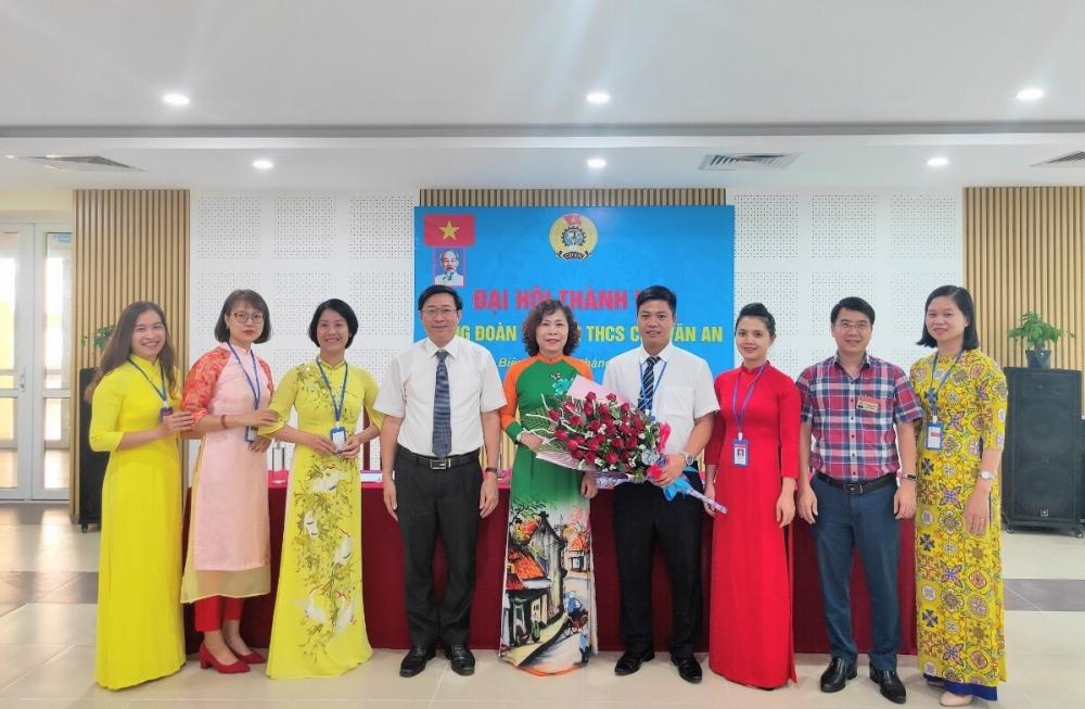Liên đoàn Lao động quận Long Biên vận động, thành lập thêm 2 công đoàn cơ sở
