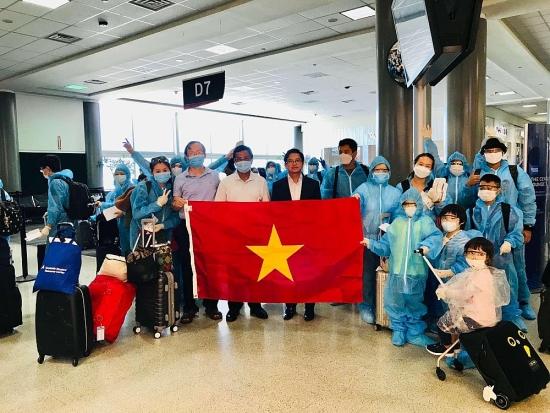 Gần 700 công dân Việt Nam trở về nước an toàn