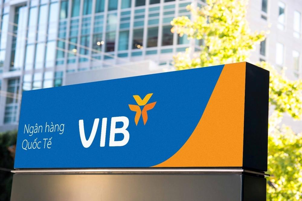 VIB triển khai chương trình 'Mừng sinh nhật vàng - Vạn quà tri ân'