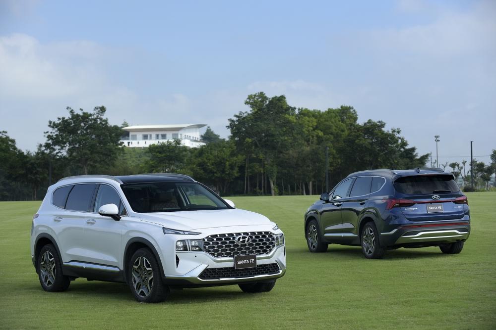 Hơn 4.000 mẫu xe Hyundai đến tay khách hàng trong tháng 7/2021