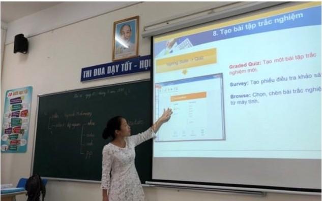 """Quận Long Biên: Thành công với mô hình """"Trường học điện tử"""""""